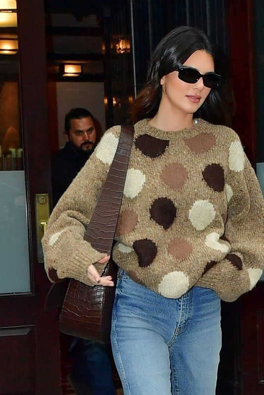 KENDALL JENNER Leaves Her Apartment in New York 10/13/2021