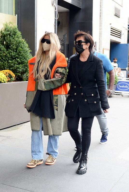 KHLOE KARDASHIAN and KRIS JENNER Out at Central Park in New York  10/09/2021