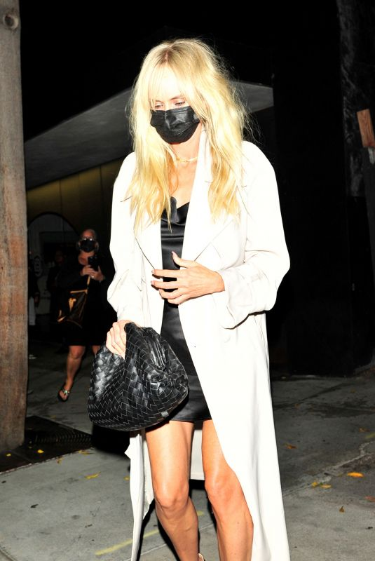 KIMBERLY STEWART at Craig's in West Hollywood 10/01/2021