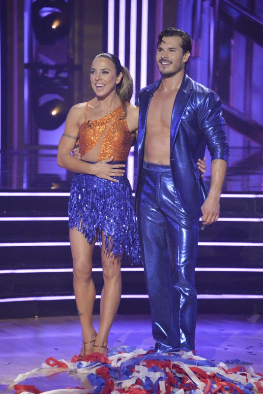 MELANIE CHISHOLM at Dancing with the stars season 30 premiere 09/20/2021