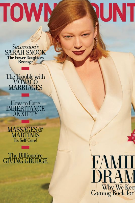 SARAH SNOOK in Town & Country Magazine, November 2021