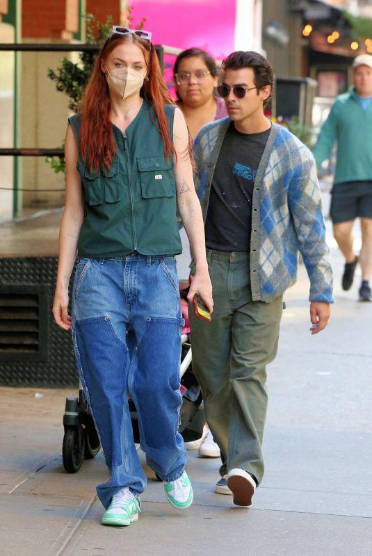 SOPHIE TURNER and Joe Jonas Heading Home from Sunday Brunch in New York 10/03/2021