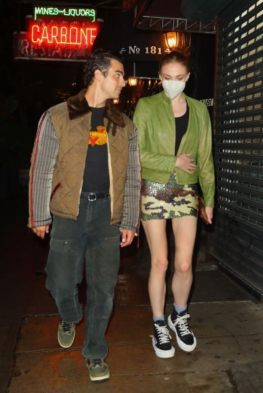 SOPHIE TURNER and Joe Jonas Night Out in New York 10/04/2021